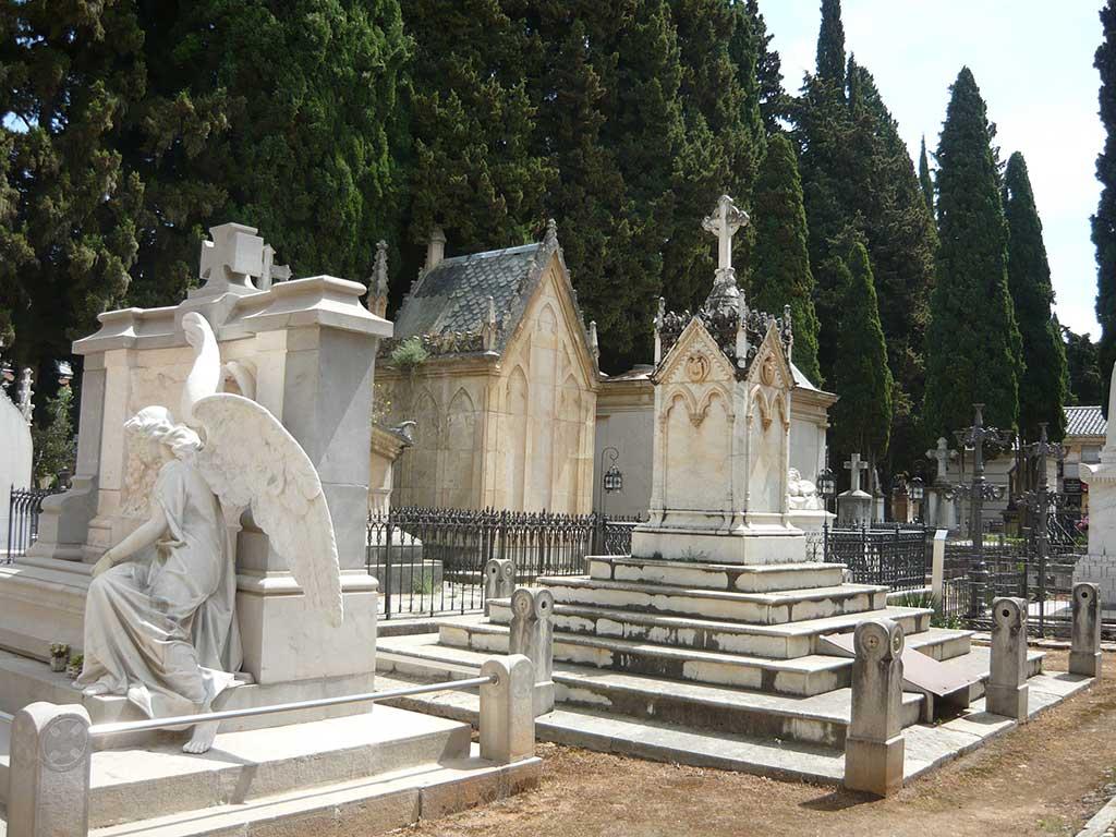 cementerio de Granada, fuente Wikipedia Commons