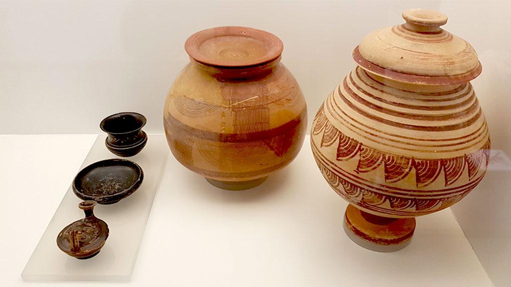 Urnas cinerarias bastetanas civilización íbera