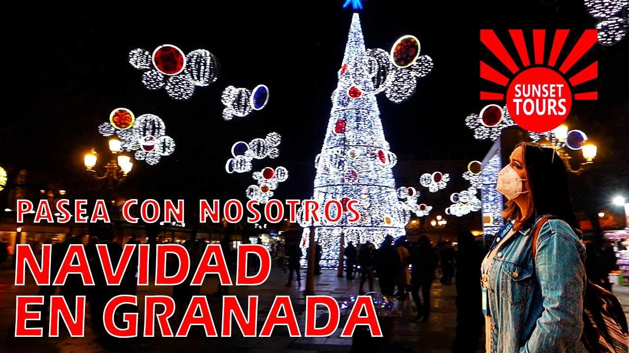Iluminaciones de navidad en la Plaza de Bibrambla de Granada