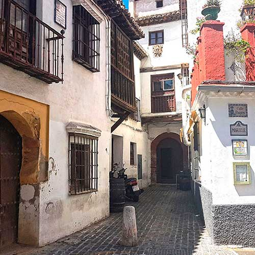 el Carmen de los Mascarones junto a Calle Pagés en el Albaicín Alto, Granada, España